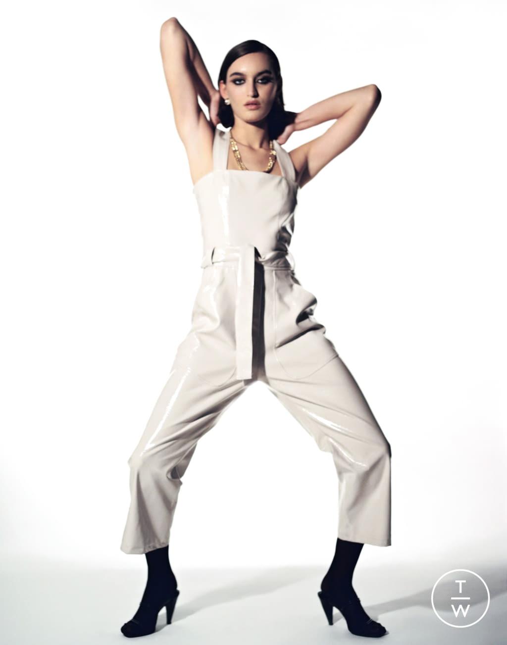Fashion Week Paris Fall/Winter 2020 look 23 from the Stefania Vaidani collection womenswear