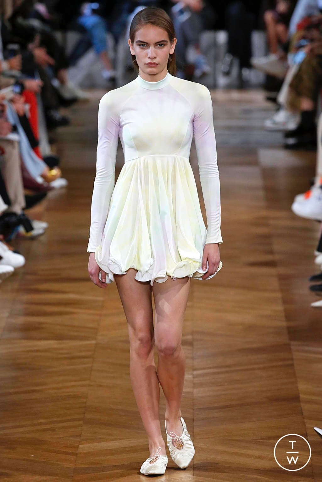 Fashion Week Paris Spring/Summer 2019 look 5 from the Stella McCartney collection womenswear