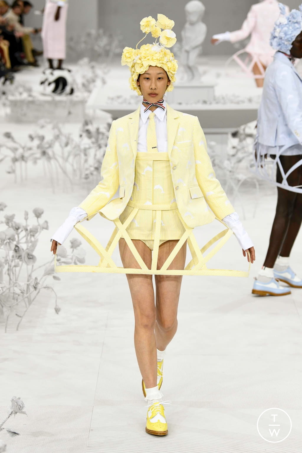 Fashion Week Paris Spring/Summer 2020 look 8 from the Thom Browne collection womenswear