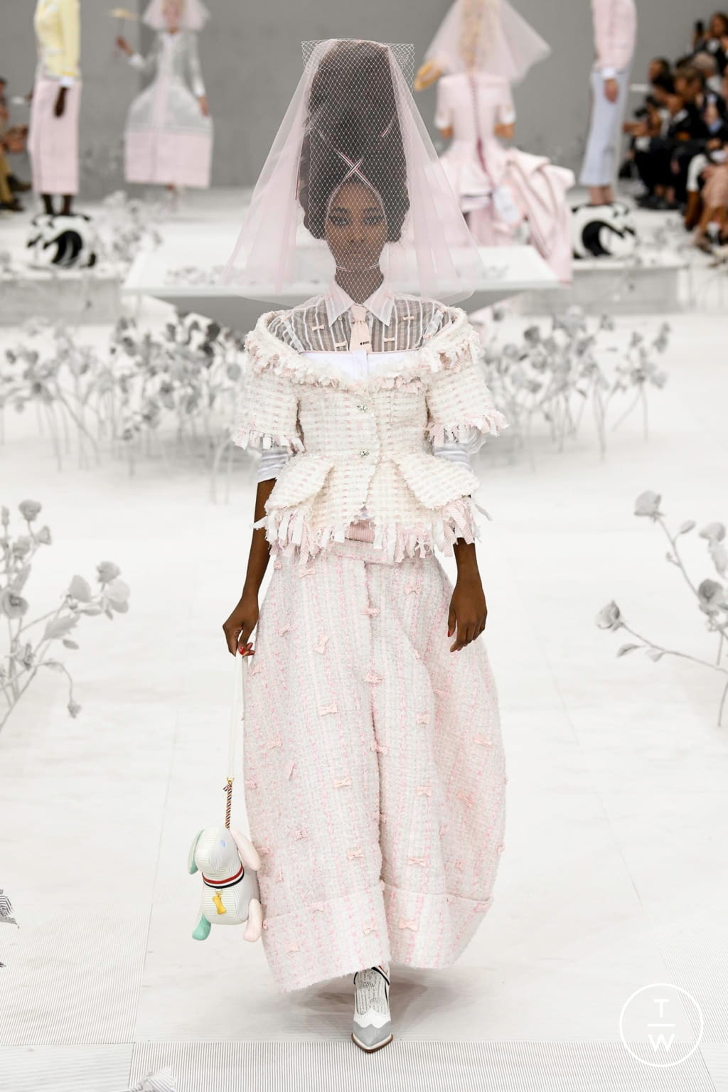 Fashion Week Paris Spring/Summer 2020 look 9 from the Thom Browne collection womenswear