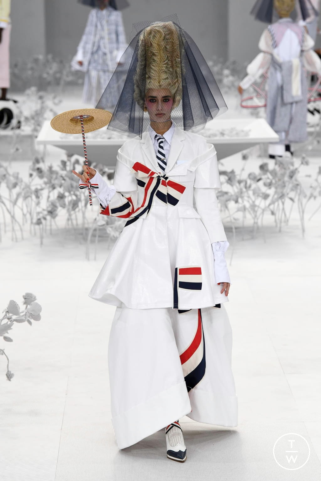 Fashion Week Paris Spring/Summer 2020 look 35 from the Thom Browne collection womenswear