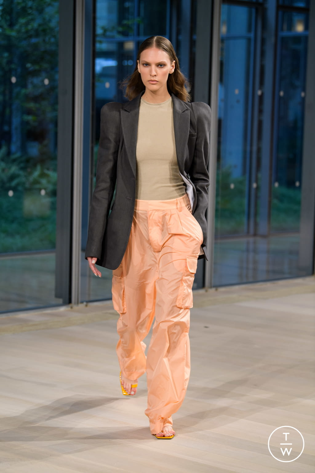 Fashion Week New York Spring/Summer 2020 look 1 from the Tibi collection 女装
