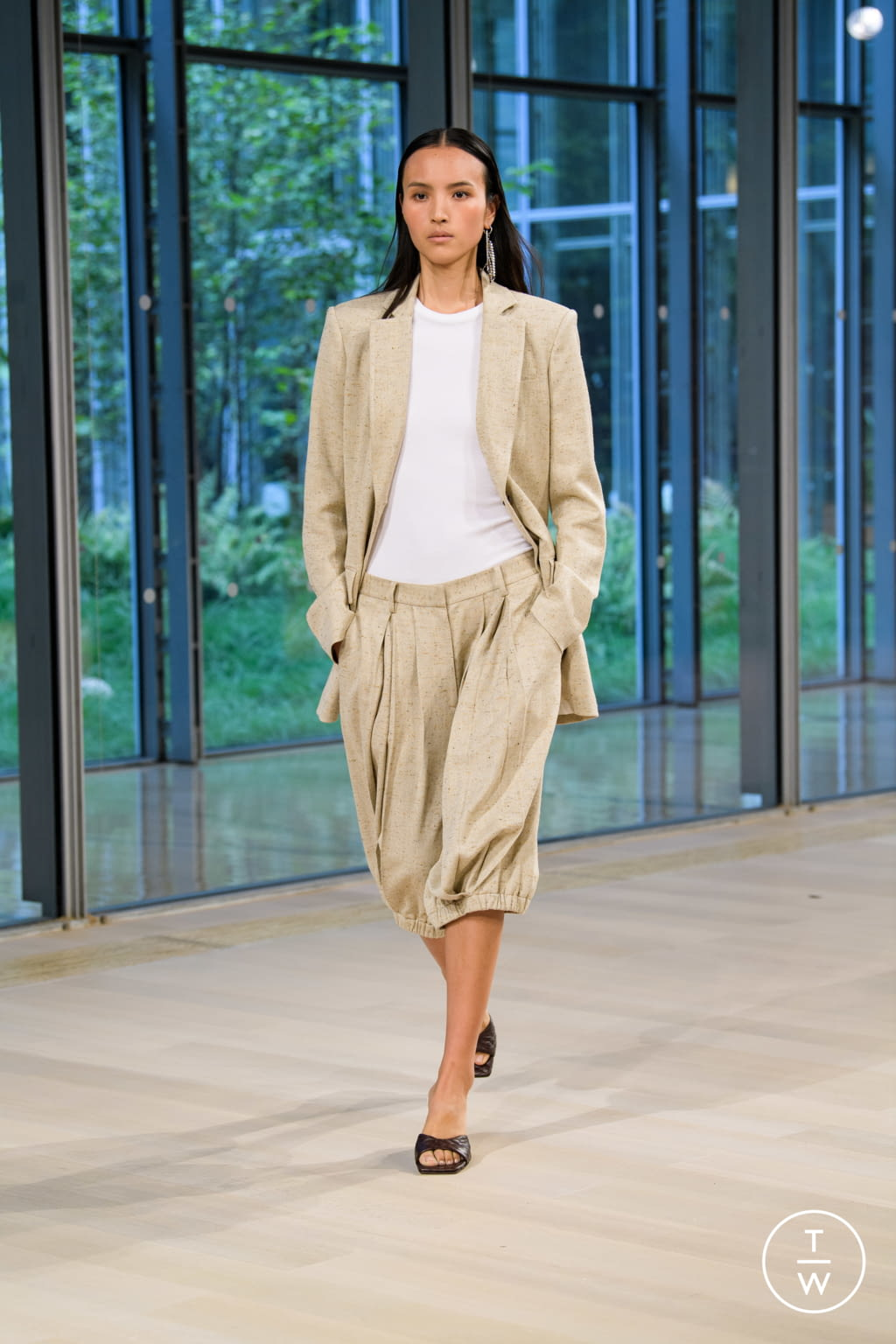 Fashion Week New York Spring/Summer 2020 look 19 from the Tibi collection womenswear