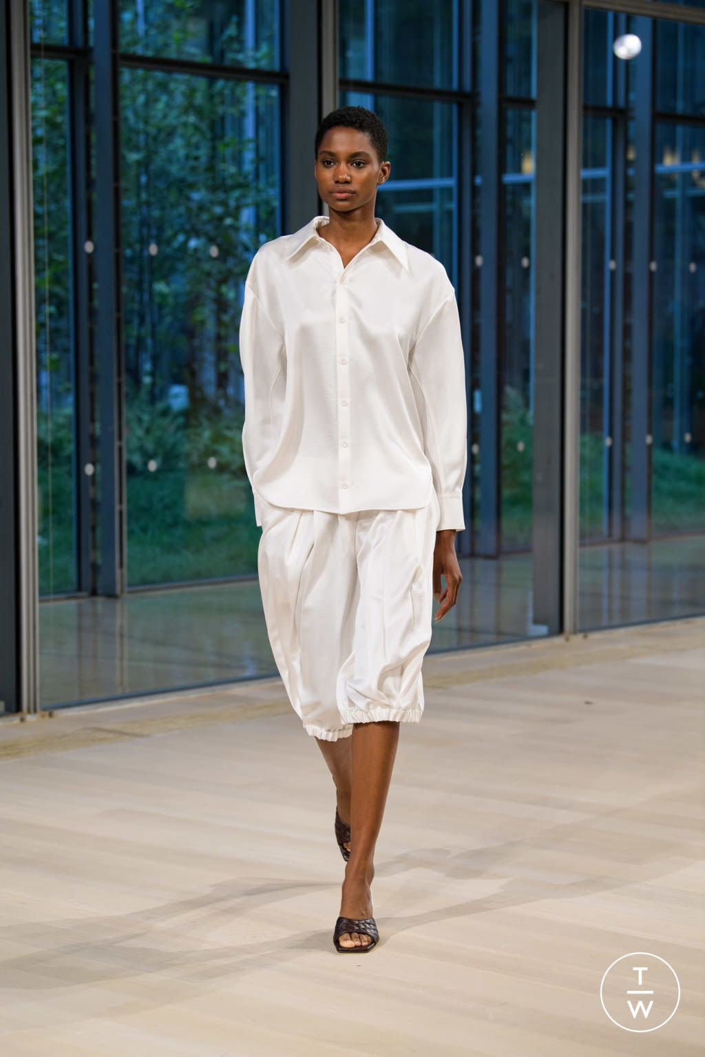 Fashion Week New York Spring/Summer 2020 look 40 from the Tibi collection womenswear