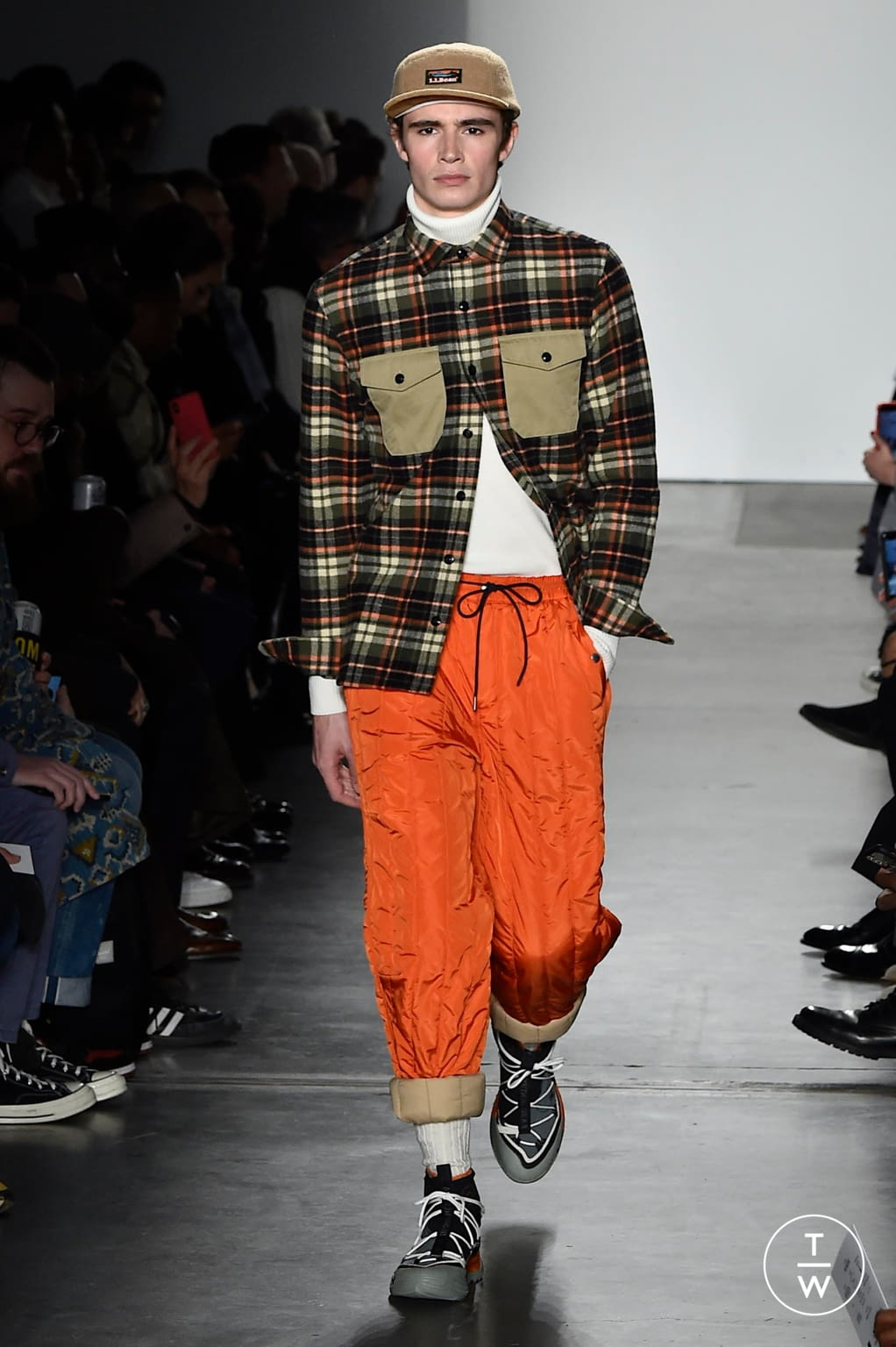 Fashion Week New York Fall/Winter 2020 look 18 from the Todd Snyder collection menswear