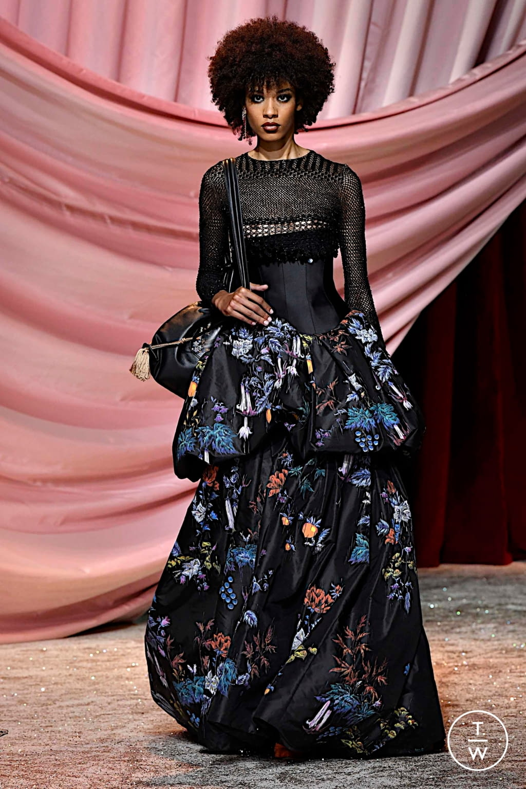 Fashion Week Paris Fall/Winter 2019 look 13 from the Ulyana Sergeenko collection couture