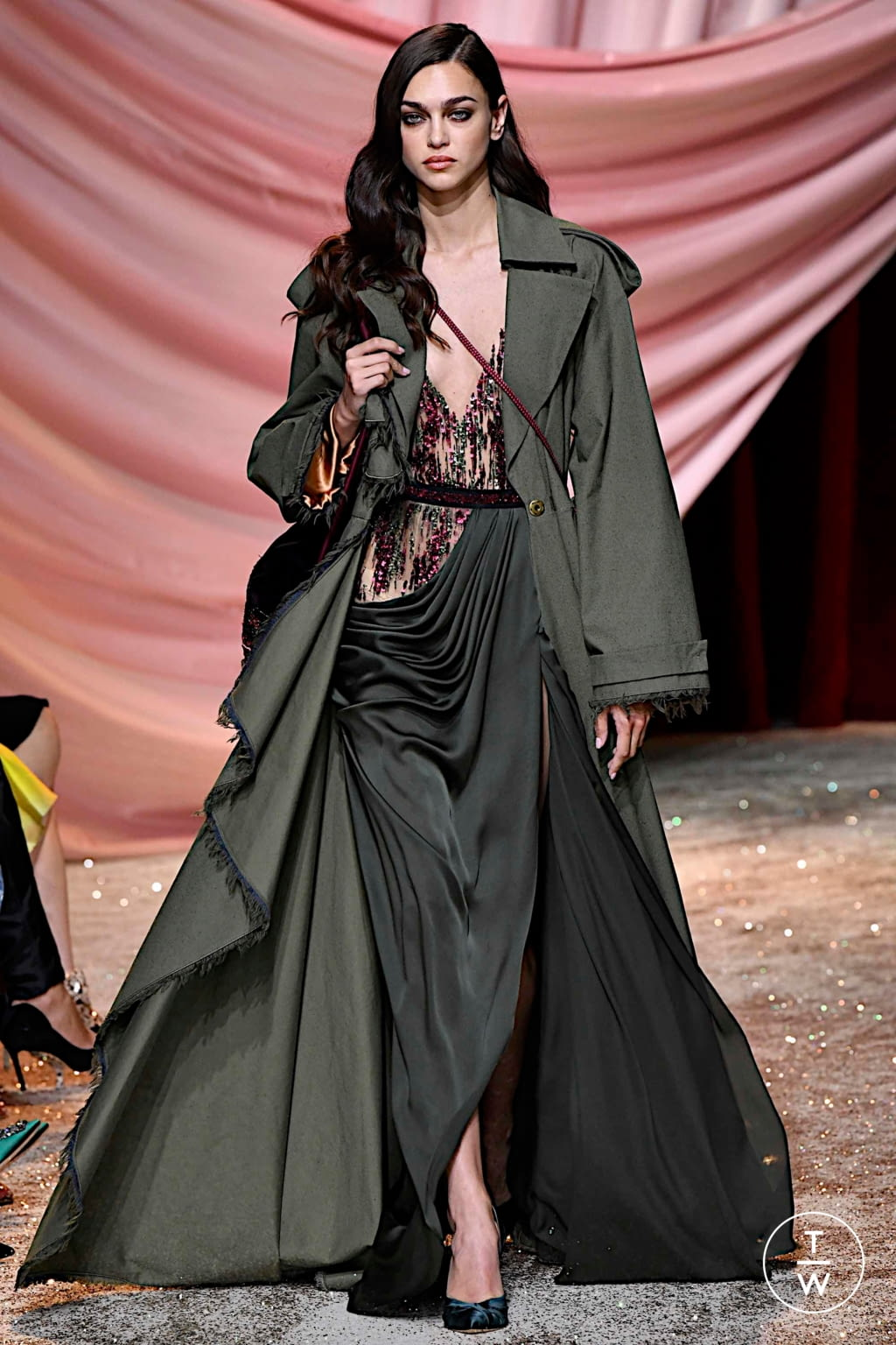 Fashion Week Paris Fall/Winter 2019 look 28 from the Ulyana Sergeenko collection couture