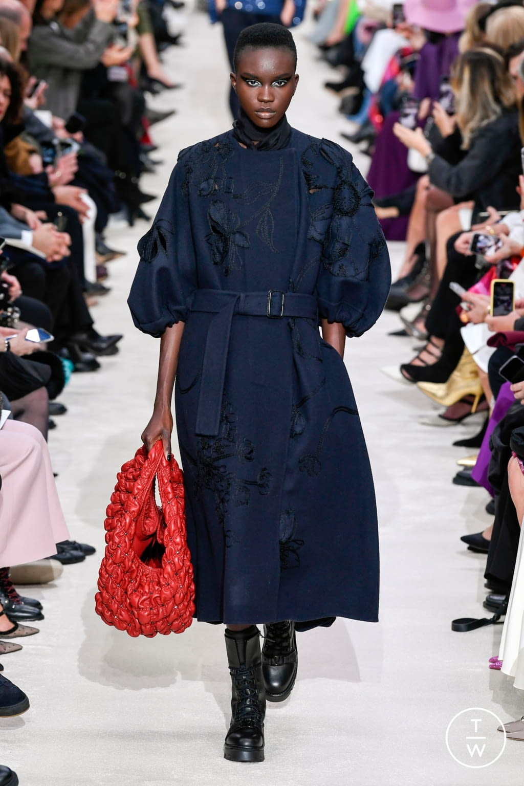 Fashion Week Paris Fall/Winter 2020 look 74 from the Valentino collection womenswear