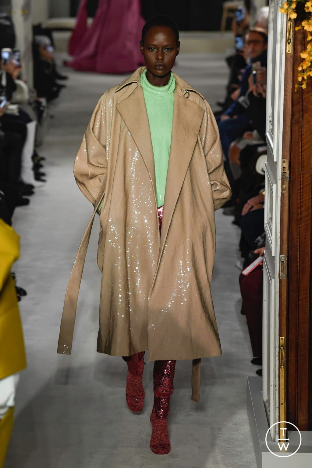 Fashion Week Paris Spring/Summer 2019 look 5 from the Valentino collection couture