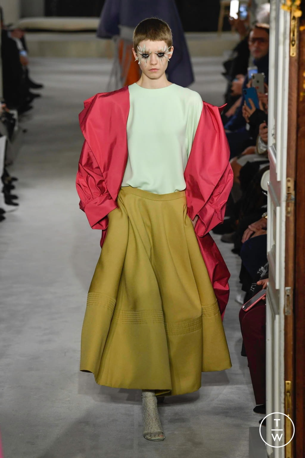 Fashion Week Paris Spring/Summer 2019 look 7 from the Valentino collection couture