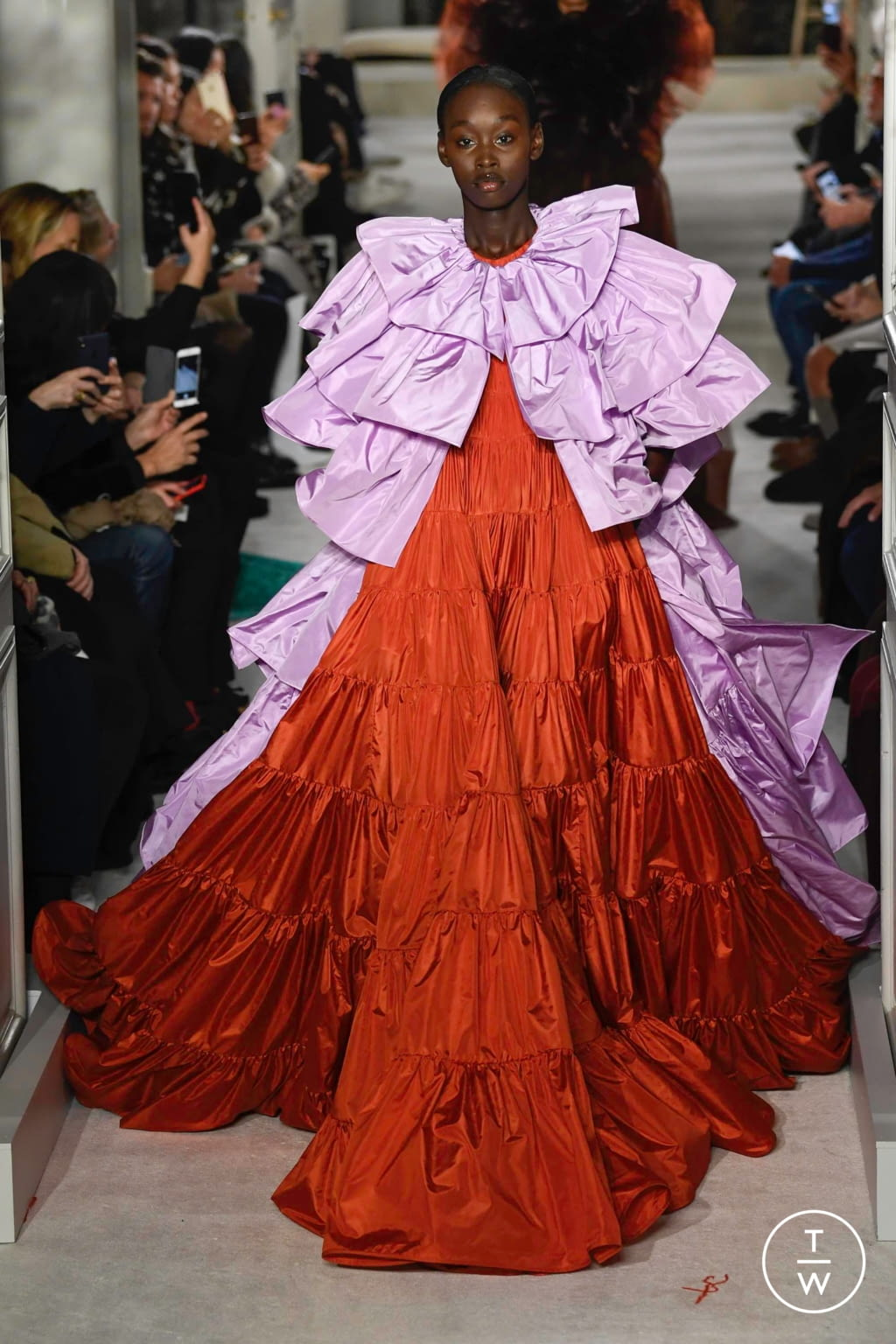 Fashion Week Paris Spring/Summer 2019 look 63 from the Valentino collection couture