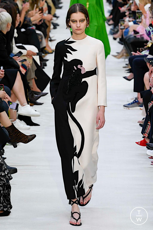 Fashion Week Paris Spring/Summer 2020 look 31 de la collection Valentino womenswear