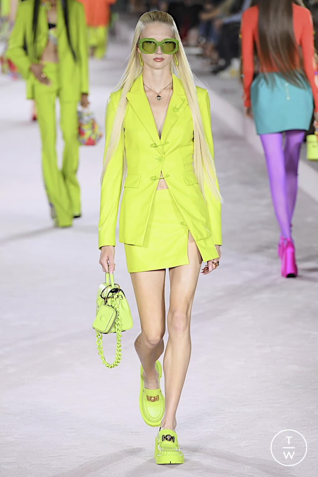 Fashion Week Milan Spring/Summer 2022 look 54 from the Versace collection womenswear
