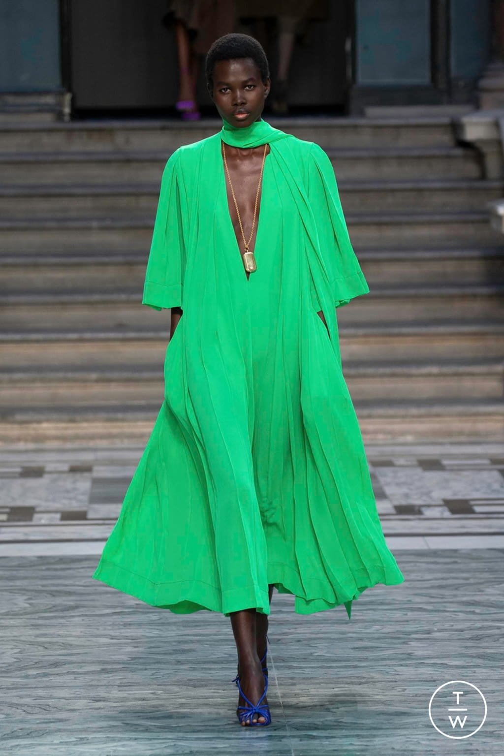 Fashion Week London Spring/Summer 2020 look 10 from the Victoria Beckham collection womenswear