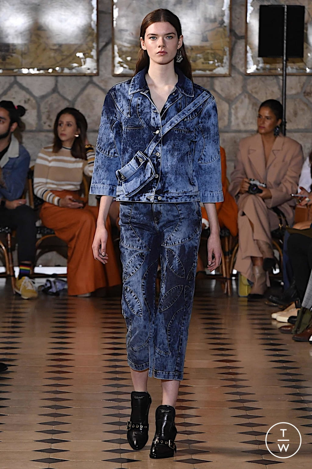 Fashion Week Paris Spring/Summer 2020 look 10 from the Victoria/tomas collection womenswear