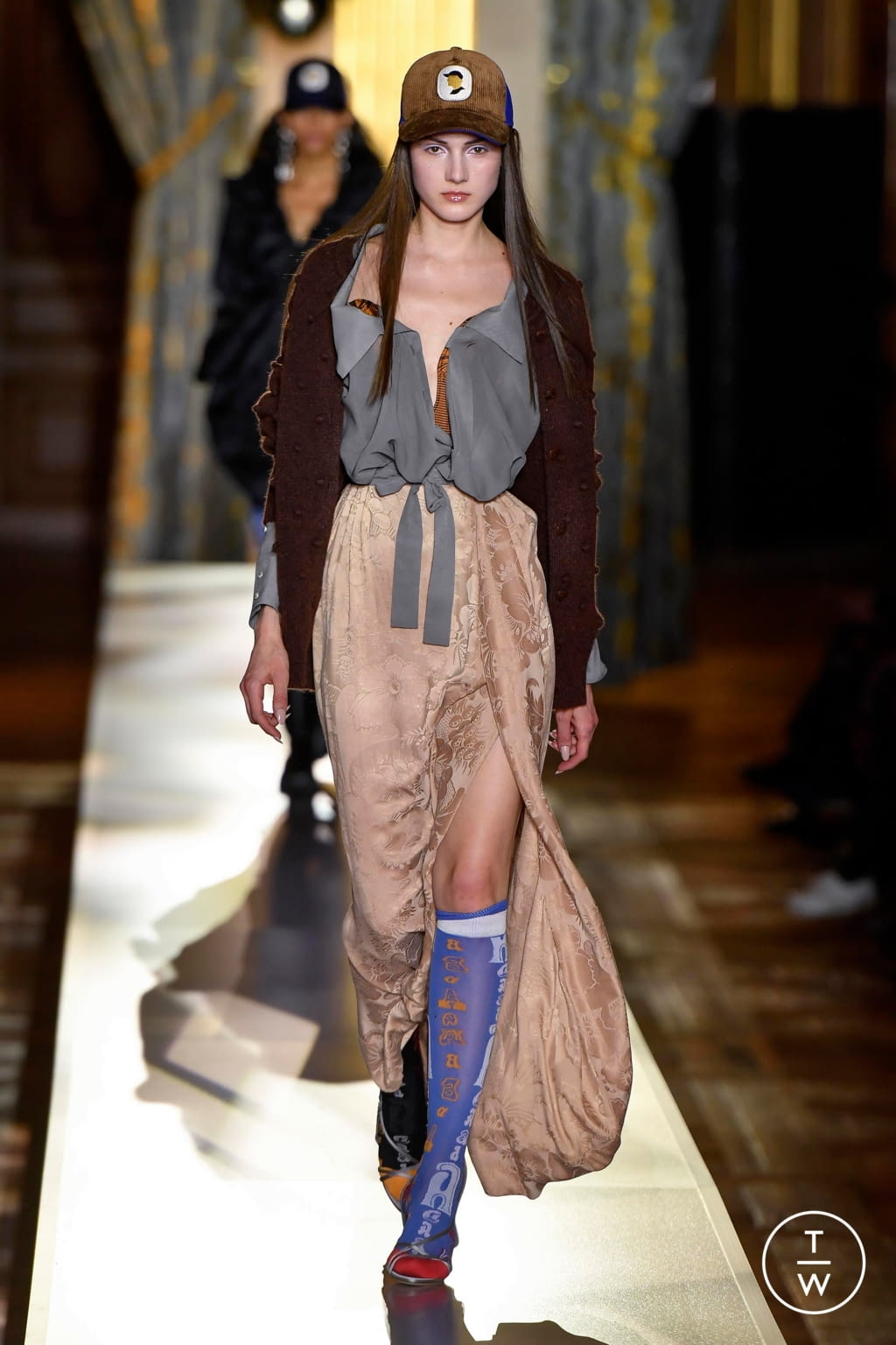 Fashion Week Paris Fall/Winter 2020 look 33 from the Andreas Kronthaler for Vivienne Westwood collection womenswear
