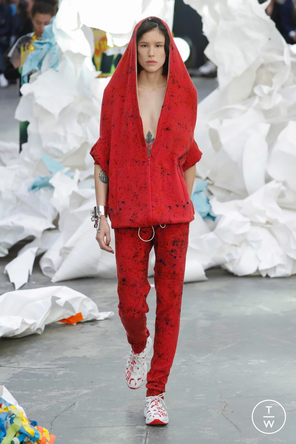 Fashion Week Paris Spring/Summer 2019 look 45 from the Andreas Kronthaler for Vivienne Westwood collection 女装