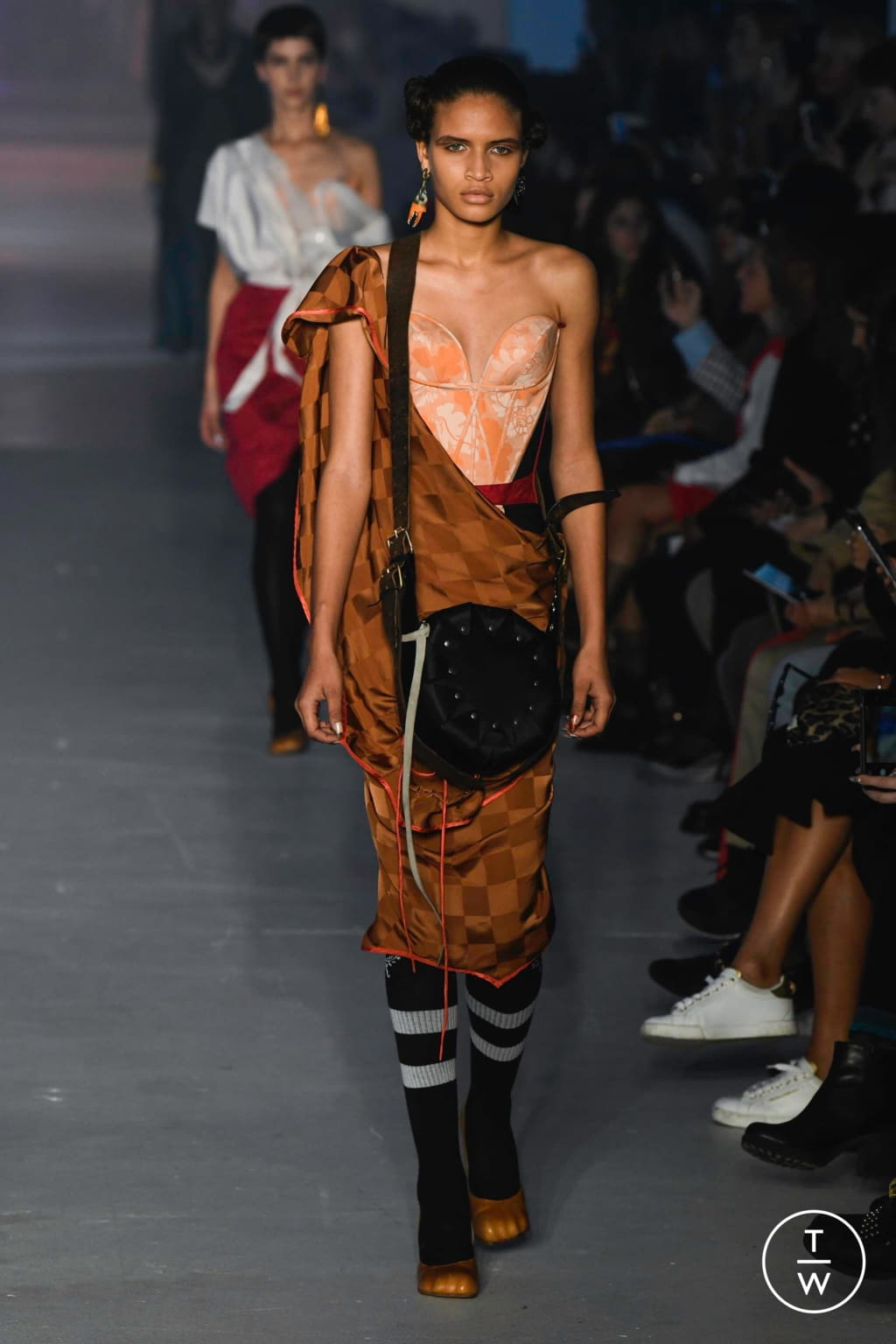 Fashion Week Paris Spring/Summer 2020 look 7 from the Andreas Kronthaler for Vivienne Westwood collection womenswear