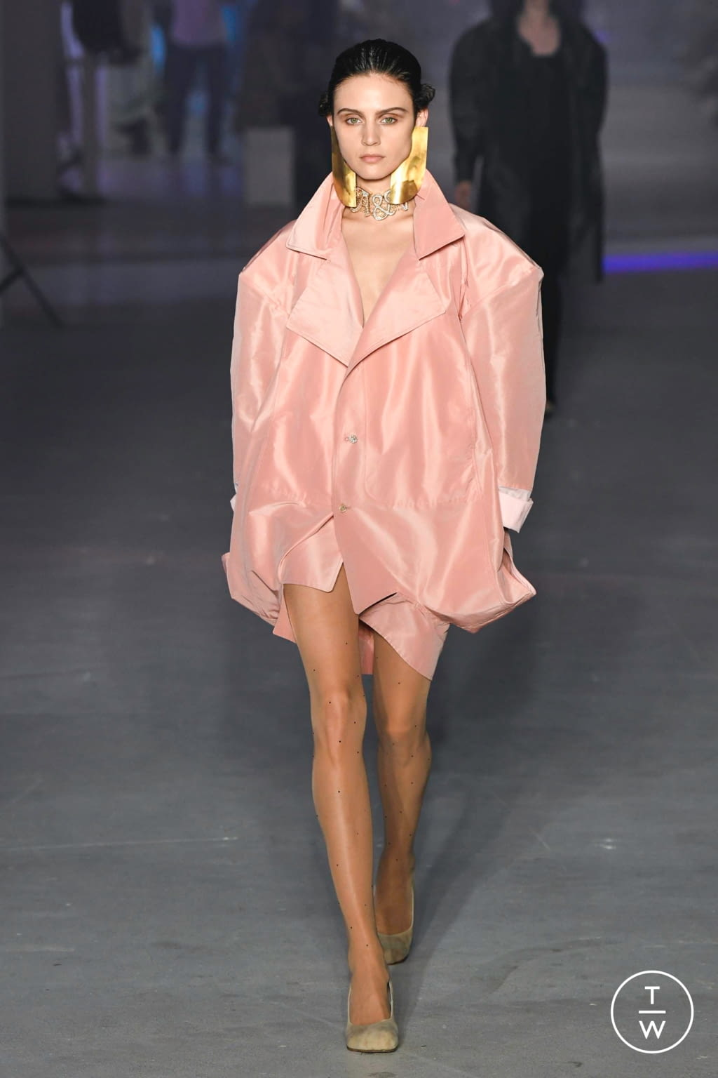 Fashion Week Paris Spring/Summer 2020 look 21 from the Andreas Kronthaler for Vivienne Westwood collection womenswear