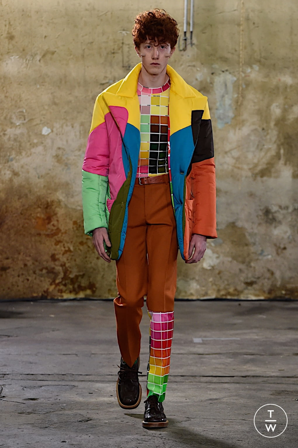 Fashion Week Paris Fall/Winter 2020 look 21 from the Walter Van Beirendonck collection menswear