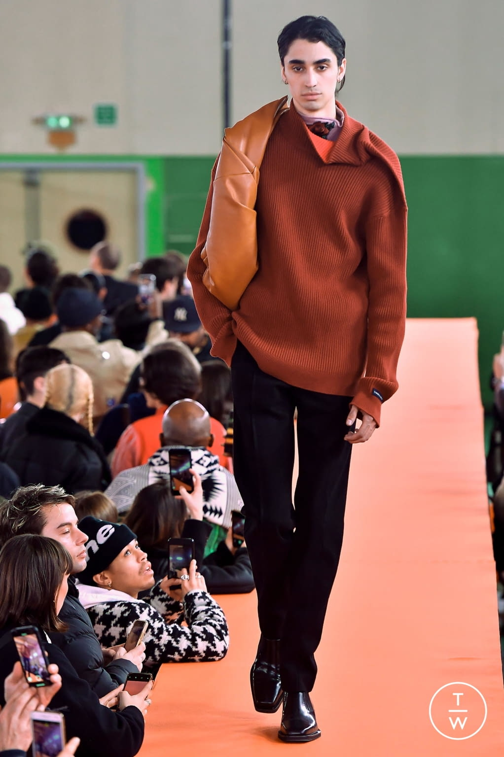 Fashion Week Paris Fall/Winter 2020 look 4 from the Y/PROJECT collection menswear