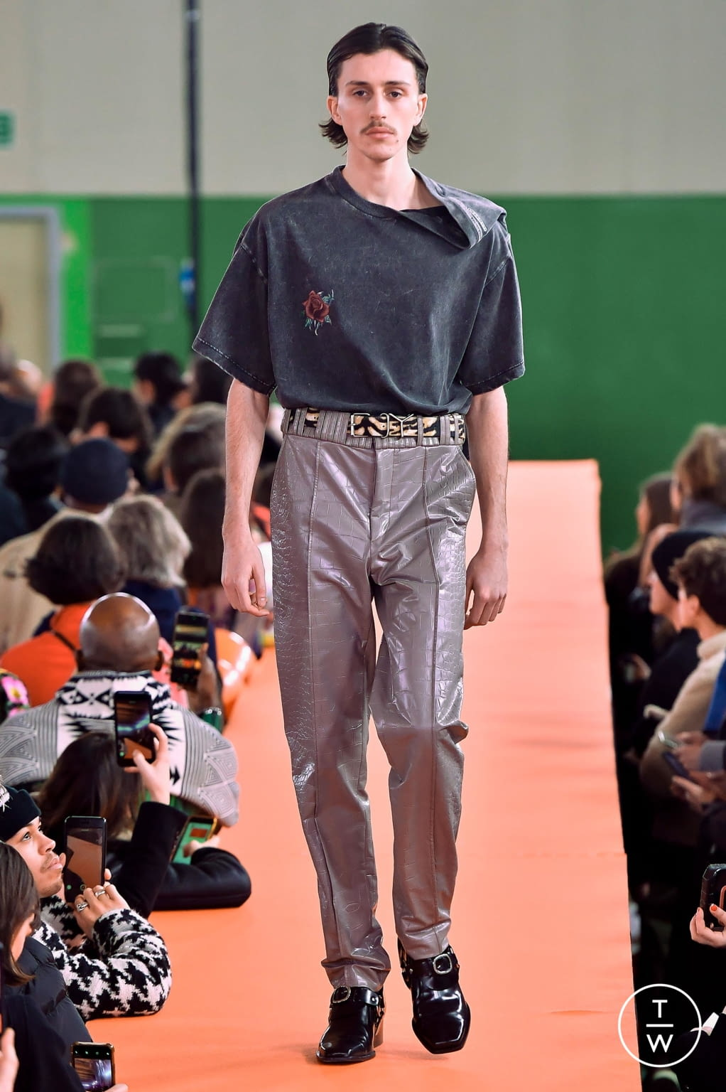 Fashion Week Paris Fall/Winter 2020 look 12 from the Y/PROJECT collection menswear
