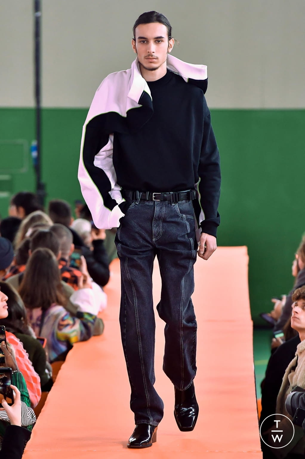 Fashion Week Paris Fall/Winter 2020 look 19 from the Y/PROJECT collection menswear