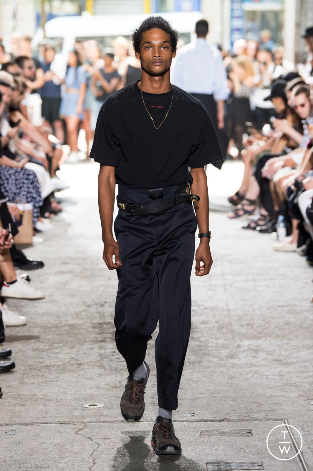 Fashion Week Paris Spring/Summer 2018 look 27 from the Y/PROJECT collection menswear