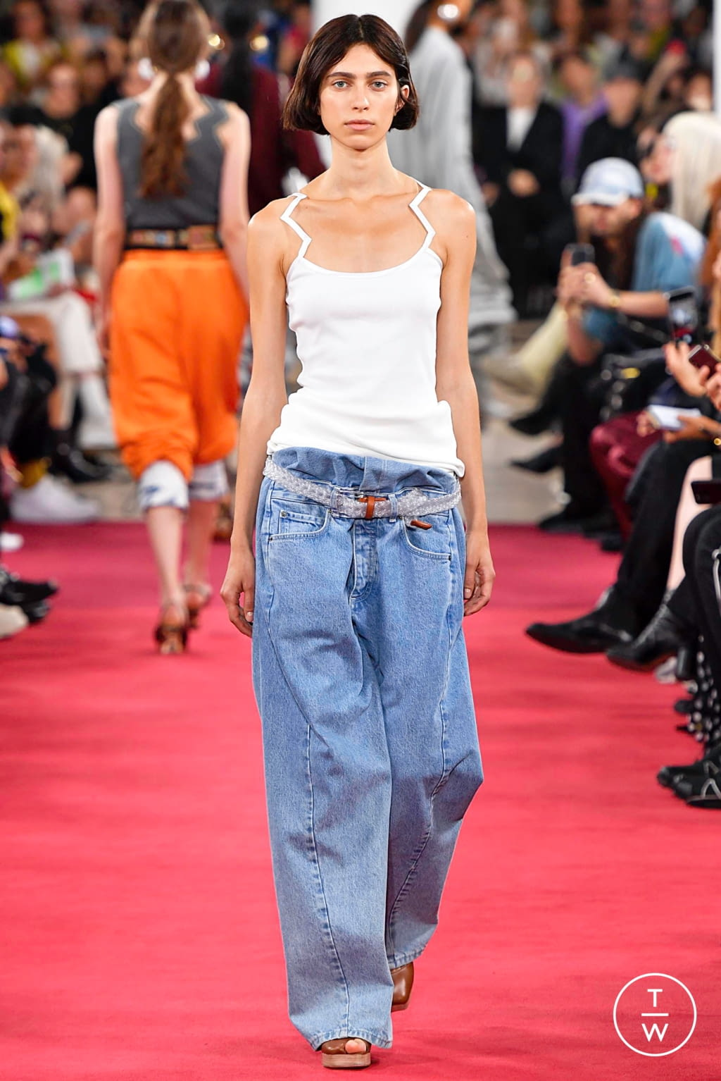 Fashion Week Paris Spring/Summer 2019 look 8 from the Y/PROJECT collection 女装
