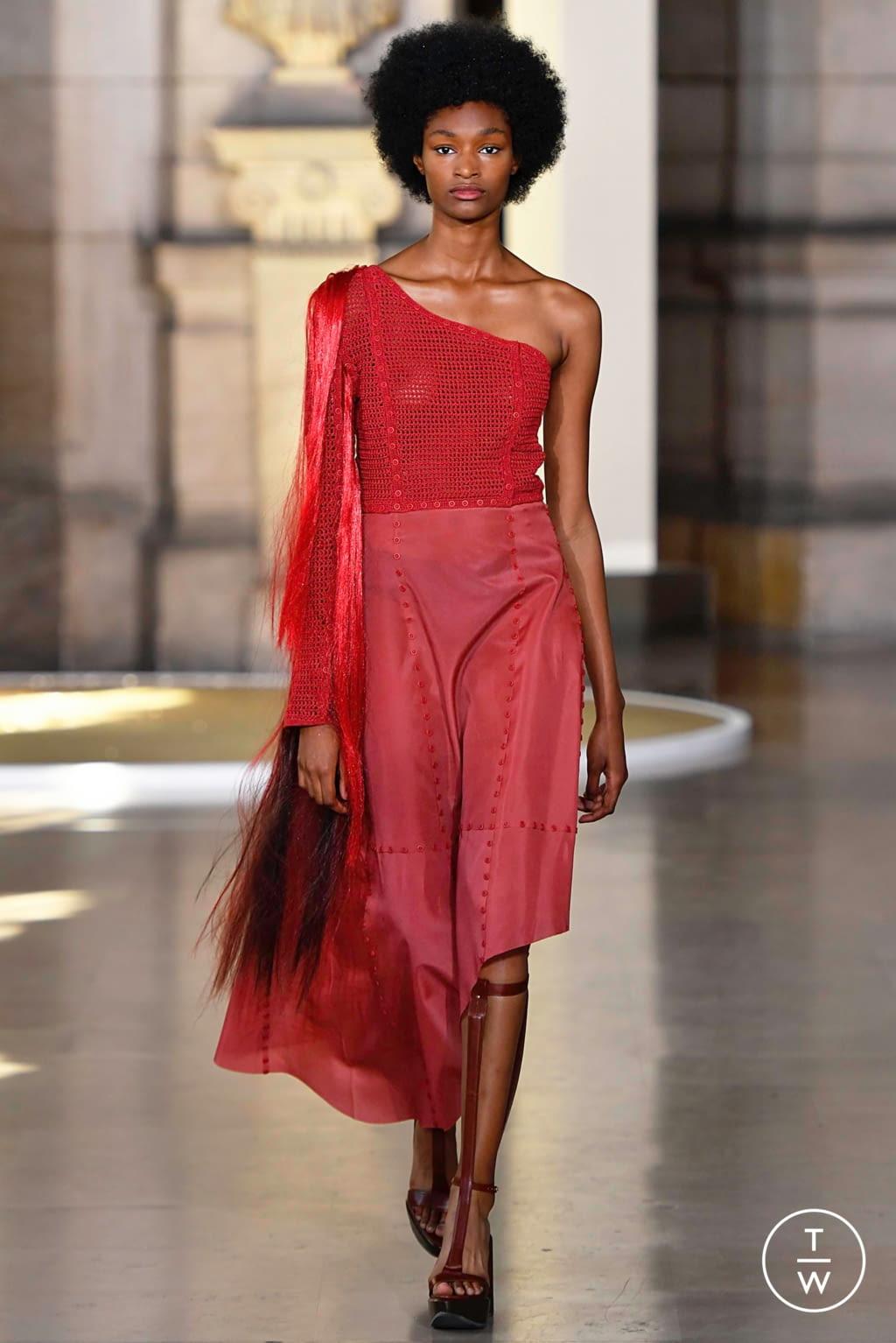 Fashion Week Paris Fall/Winter 2019 look 17 from the Yuima Nakazato collection 高级定制