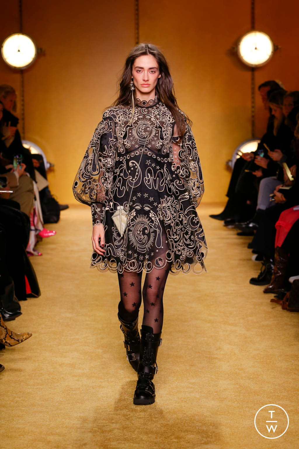 Fashion Week New York Fall/Winter 2020 look 32 de la collection Zimmermann womenswear