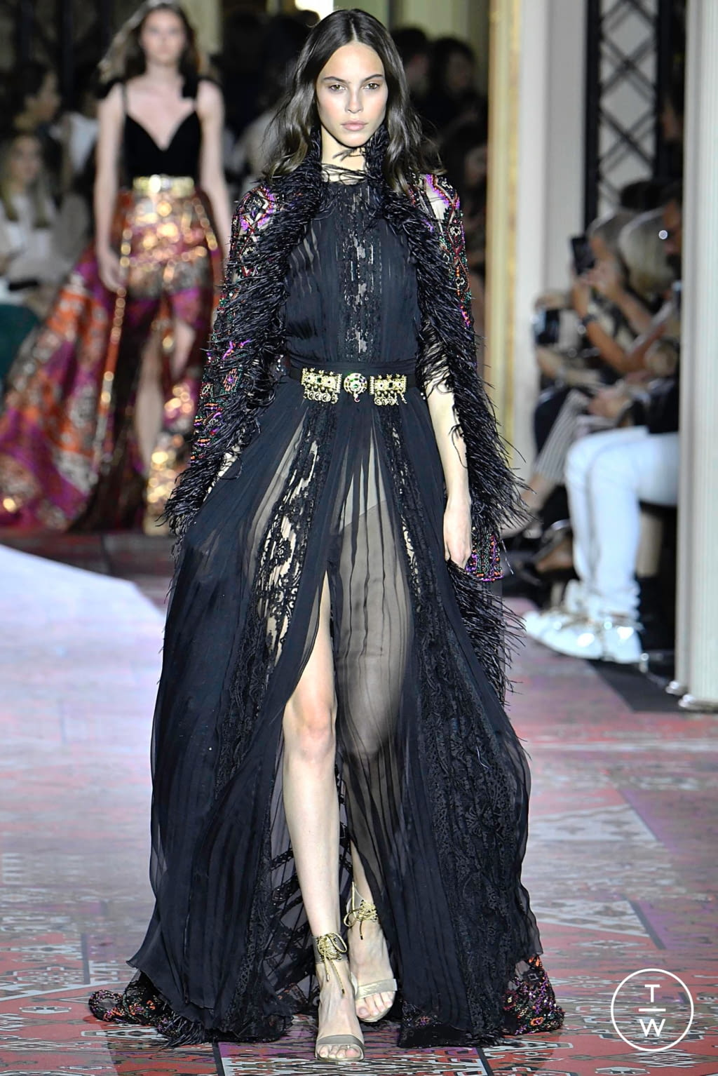 Fashion Week Paris Fall/Winter 2019 look 3 from the Zuhair Murad collection couture