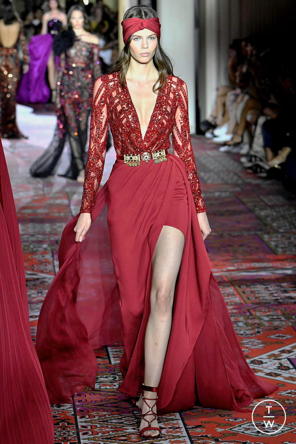 Fashion Week Paris Fall/Winter 2019 look 18 from the Zuhair Murad collection couture