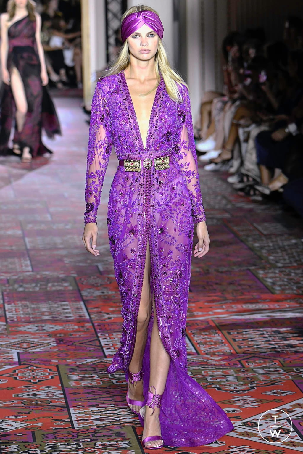 Fashion Week Paris Fall/Winter 2019 look 25 from the Zuhair Murad collection couture