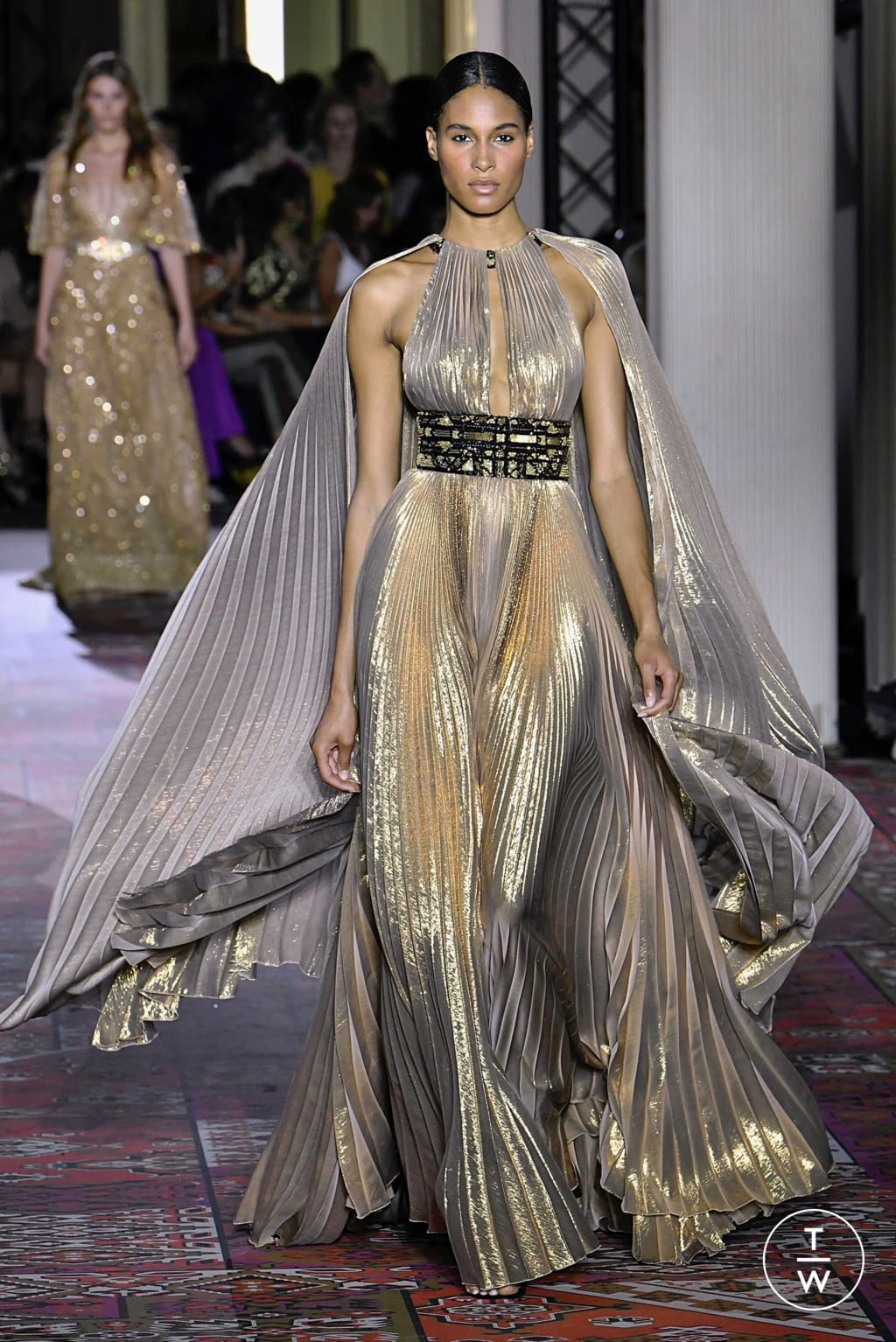 Fashion Week Paris Fall/Winter 2019 look 31 from the Zuhair Murad collection couture