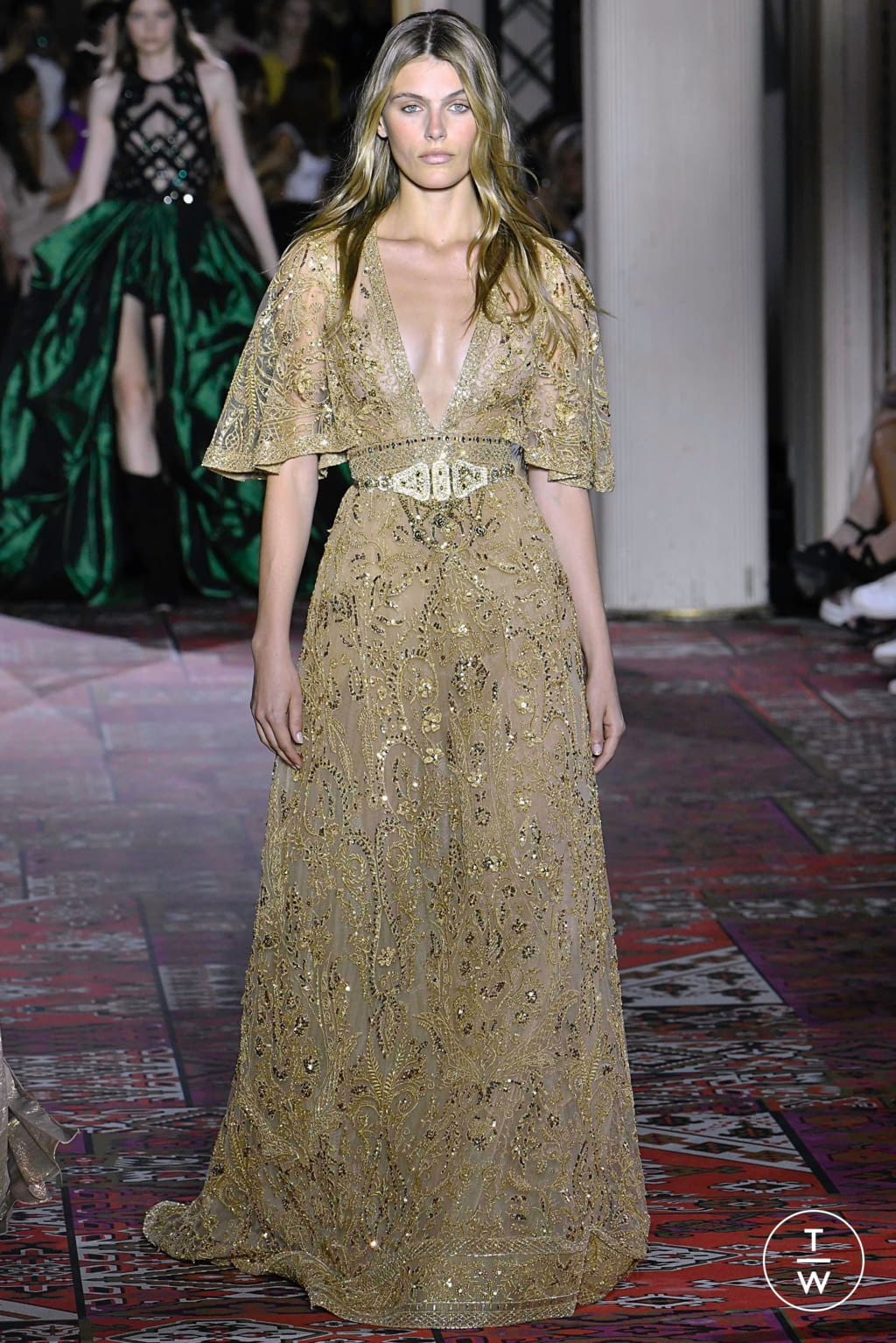 Fashion Week Paris Fall/Winter 2019 look 33 from the Zuhair Murad collection 高级定制