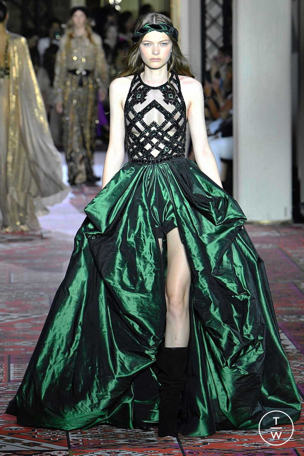 Fashion Week Paris Fall/Winter 2019 look 32 from the Zuhair Murad collection couture