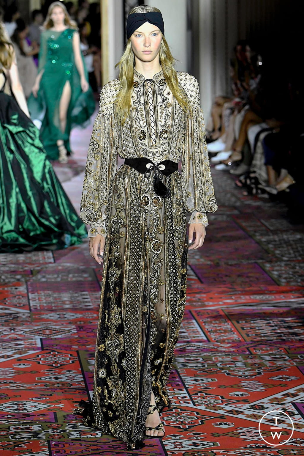 Fashion Week Paris Fall/Winter 2019 look 34 from the Zuhair Murad collection couture