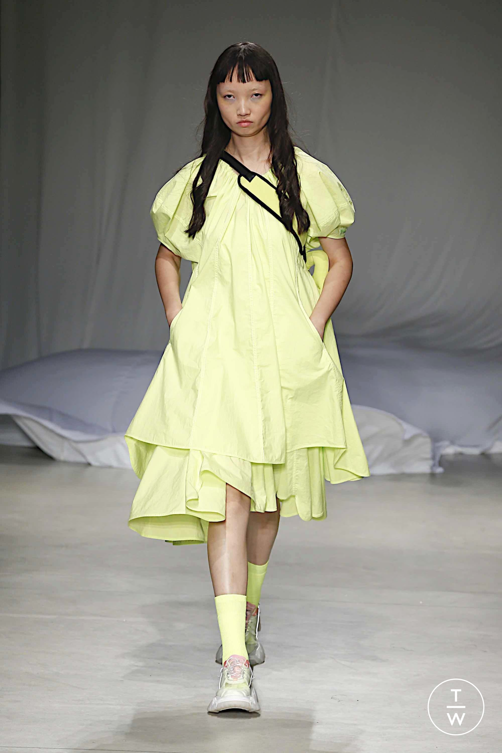 Angel Chen Ss20 Womenswear 9 The Fashion Search Engine Tagwalk Nine months after the meetings with the gates foundation in rwanda — bobby l. angel chen ss20 womenswear 9 the