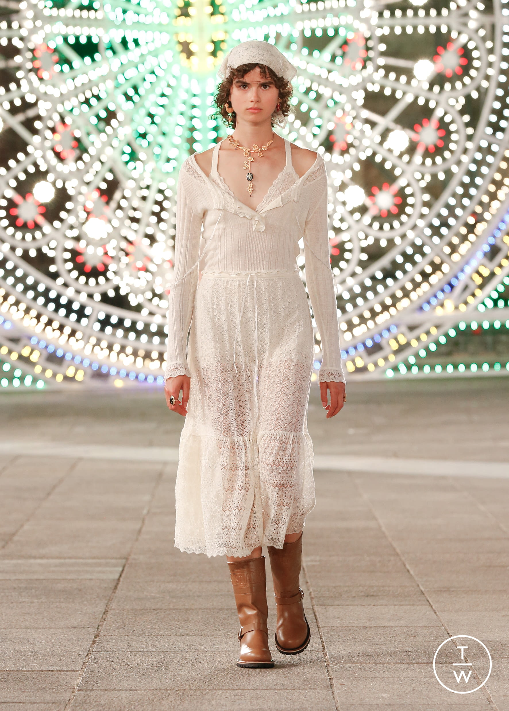Christian Dior Resort 21 womenswear #77 - The Fashion Search Engine -  TAGWALK