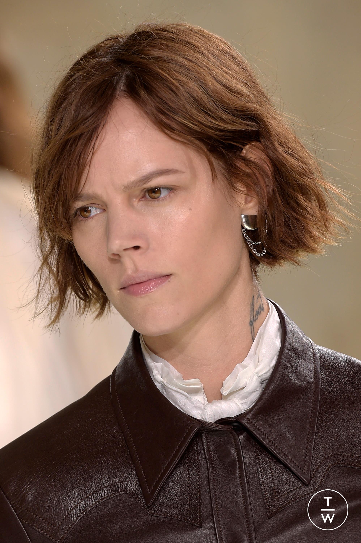 Louis Vuitton S S 18 Womenswear Accessories 50 The Fashion Search Engine Tagwalk