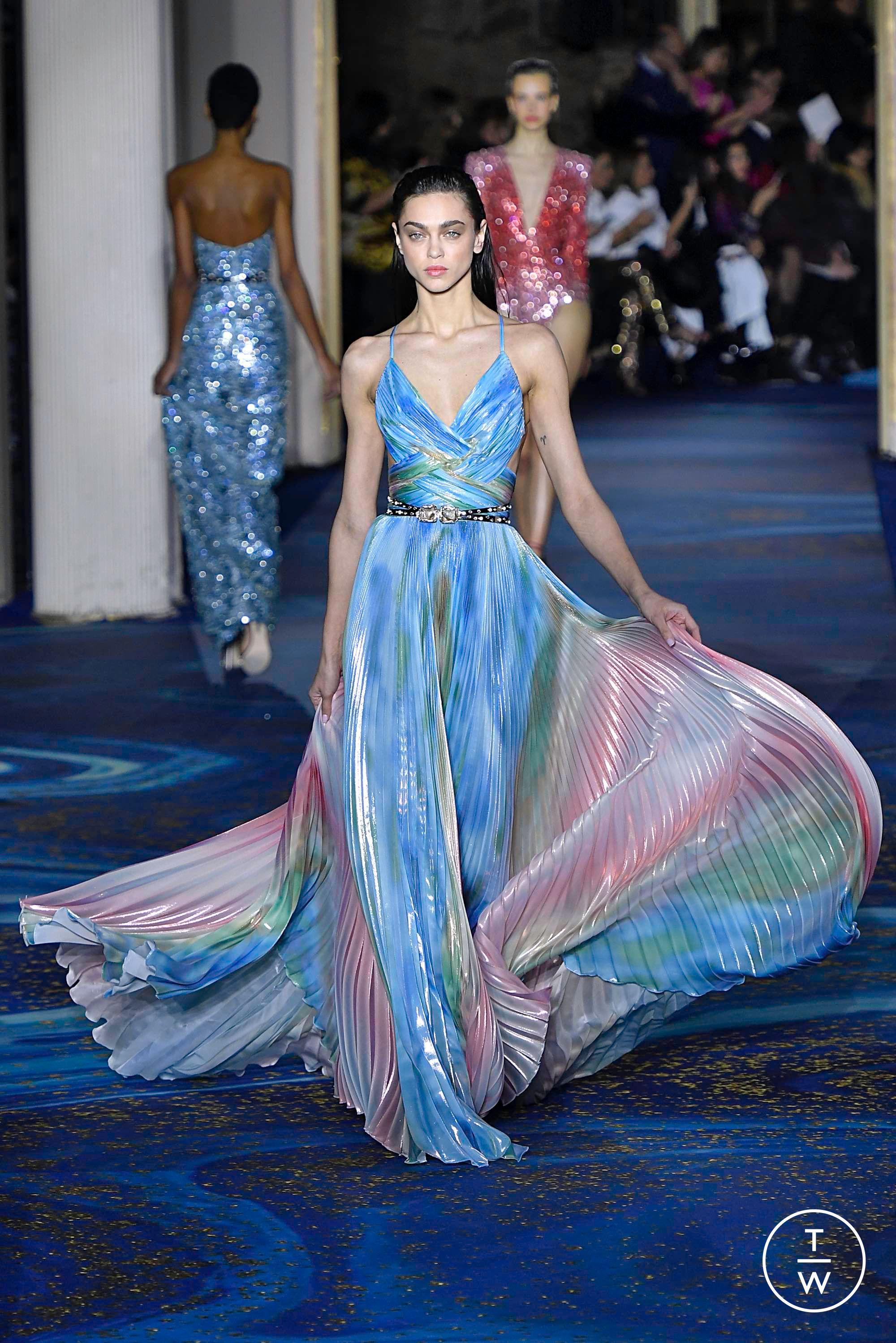NUOVO Flamenco Spagnolo Scialle Large-Nero con motivo lilla con Frange Lilla